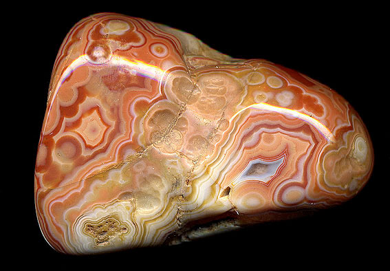 Fairburn Agate Beds South Dakota http://www.lithos-graphics.com/rocks/n&camerica/fairburn2.html